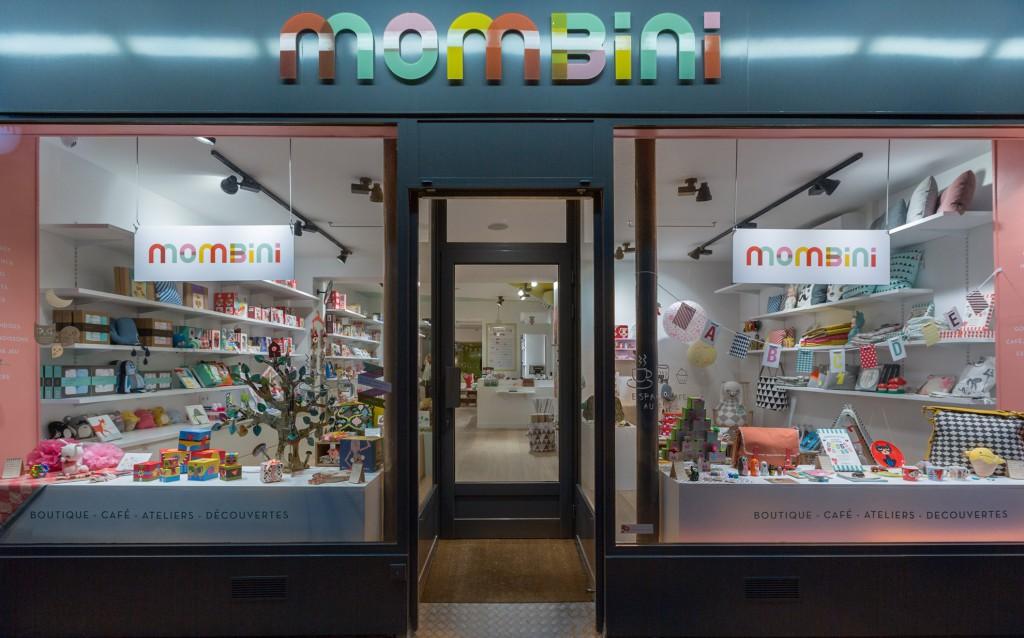 Mombini Cafe
