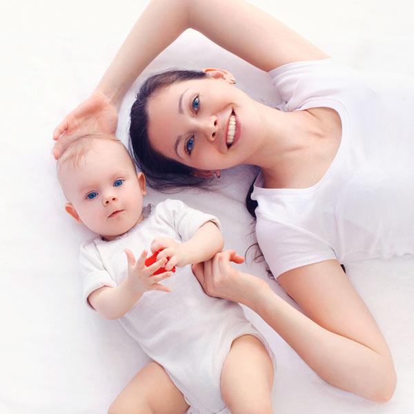 Doğumundan İtibaren Bebeğiniz ile Oynayabileceğiniz Oyunlar